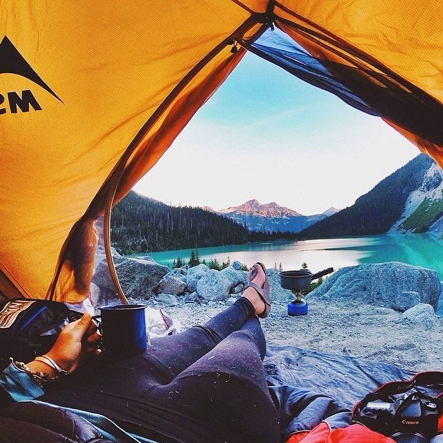 15-reasons-why-youll-never-regret-sleeping-in-a-tent-13.jpg